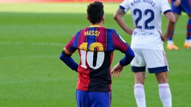 Messi con la '10' del Barça y Newell's