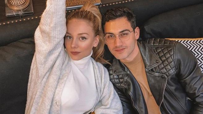 Ester Expósito y Alejandro Speitzer en una imagen de archivo.
