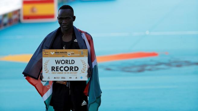 Kibiwott Kandie, nuevo récordman