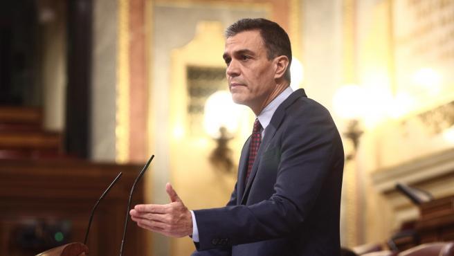 El presidente del Gobierno, Pedro Sánchez interviene en una sesión plenaria en el Congreso de los Diputados