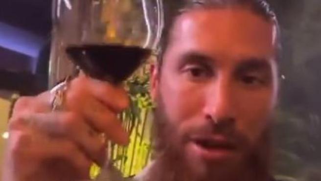 Sergio Ramos brinda por el año nuevo