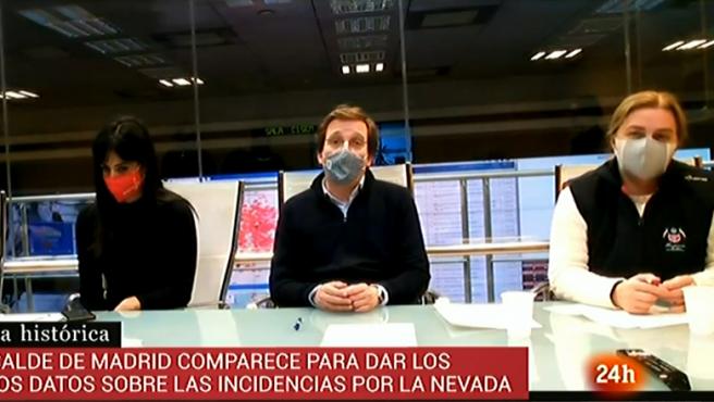 José Luis Martínez-Almeida, junto a Begoña Villacís en rueda de prensa.