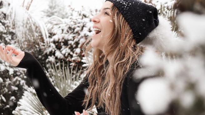 Tamara Gorro disfruta de la espectacular nevada de la borrasca Filomena.