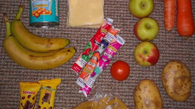 Imagen de la comida a alumnos necesitados en Reino Unido