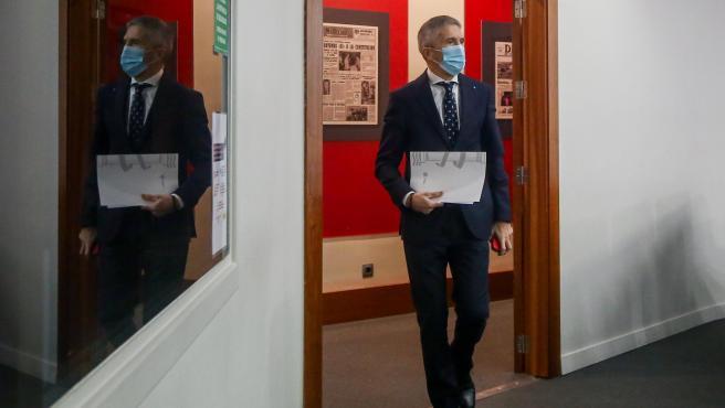 El ministro del Interior, Fernando Grande-Marlaska, a su llegada a una rueda de prensa en Madrid por el temporal Filomena