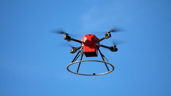 Una vez en el aire, el dron Scout de American Robotics funciona por sí solo.