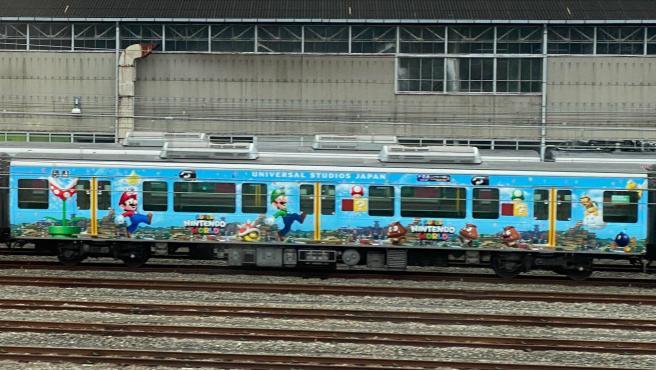 Tren de 'Super Mario' en Osaka, Japón.