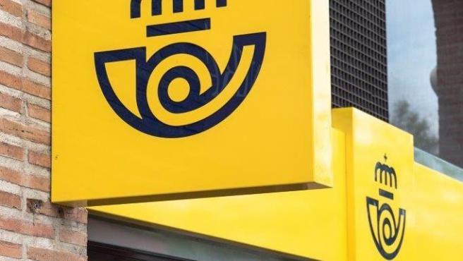 Correos ofrecerá descuentos a las librerías de Canarias para fomentar la venta online a cualquier punto de España
