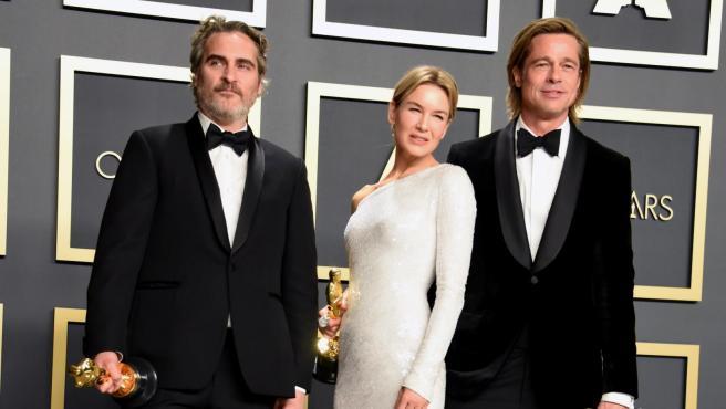 Joaquin Phoenix (izda.) y Renée Zellweger en la gala de los Oscar de 2020