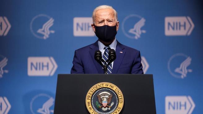 El presidente de EE UU, Joe Biden, en la sede de los Institutos Nacionales de la Salud, en Bethesda, Maryland.