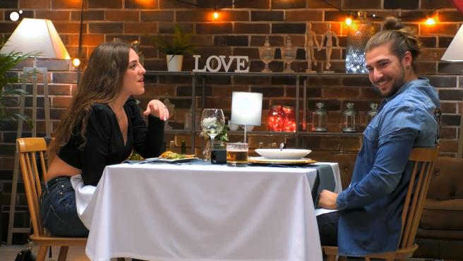 Jennifer y Edison, en 'First dates'.