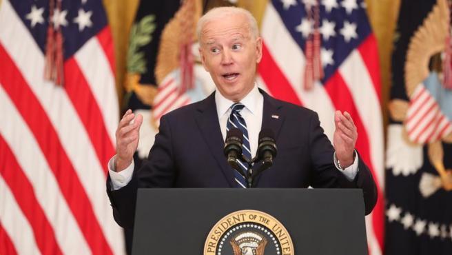 El presidente de EE UU, Joe Biden, comparece en su primera rueda de prensa oficial en la Casa Blanca