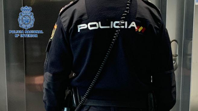 La Policía Nacional interviene en una fiesta ilegal en Logroño, organizada por dos menores mientras su madre estaba ingresada en el Hospital San Pedro
