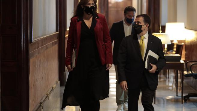 La presidenta del Parlament, Laura Borràs, y el ex secretario sundo de la Mesa, Jaume Alonso-Cuevillas.