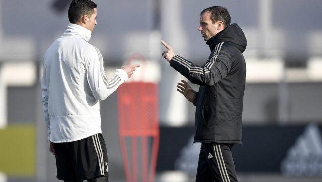 Cristiano Ronaldo y Massimiliano Allegri durante su tiempo juntos en la Juve.