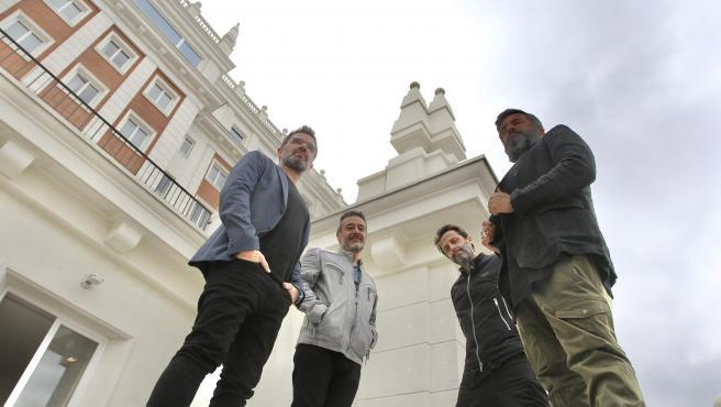 Santi Balmes, Jordi Roig, Julián Saldarriaga y Oriol Bonet, integrantes de la banda Love of Lesbian, posan en el Hotel Riu, en Madrid.