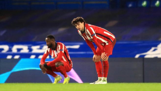 João Félix y Thomas Lemar, jugadores del Atlético de Madrid.