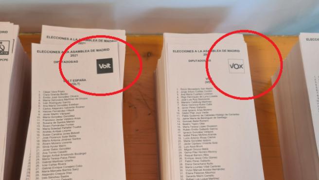 Papeletas de Vox y Volt.