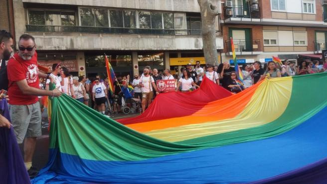 Archivo - Imatge d'arxiu d'una manifestació de l'orgull lgtbi+ a València