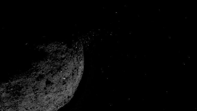 El asteroide Bennu capturado por la nave espacial Osiris-REx.