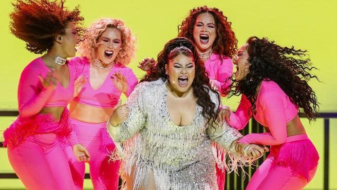 La representante de Malta, Destiny, durante su actuación en la primera semifinal de Eurovisión.