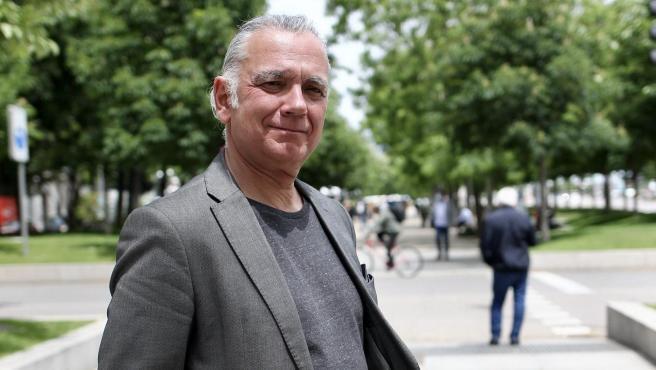 El periodista Juan Ramón Lucas posa en un encuentro con '20minutos'.