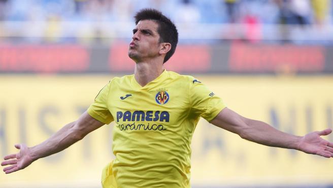 Gerard Moreno celebra un gol con el Villarreal