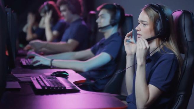 Jugadores y jugadoras de 'eSports'.