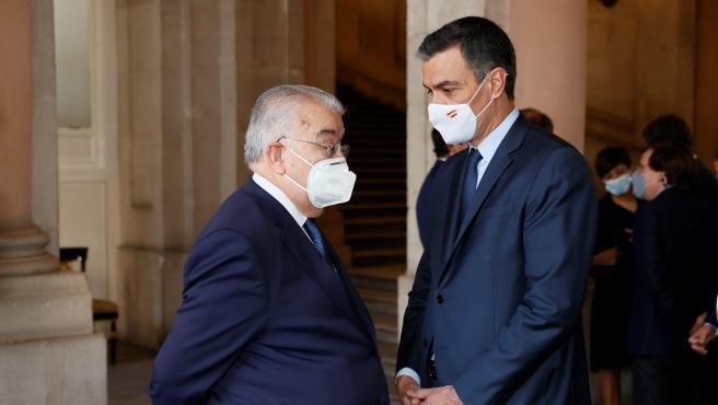 Sánchez y González Rivas, en el acto de homenaje a las víctimas de la Covid.