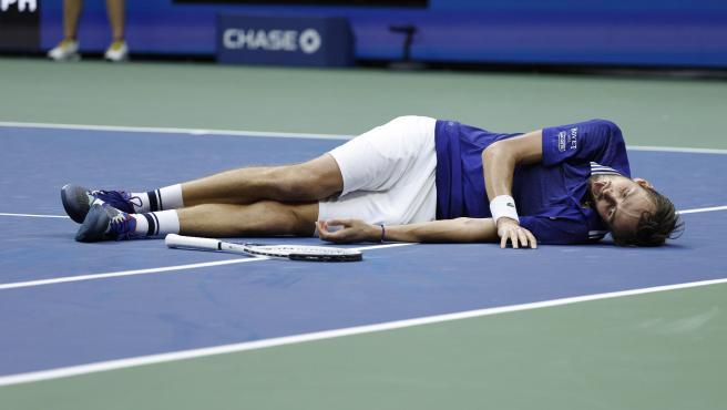 Medvedev celebrando su victoria en el US Open.