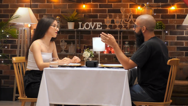 Ainhoa y Roy, en 'First dates'.