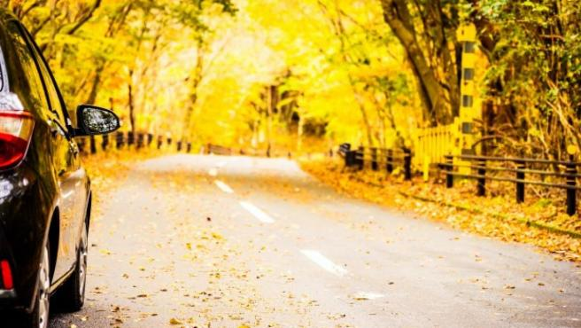 La bajada de las temperaturas y las lluvias propias del otoño pueden afectar al buen funcionamiento de nuestro coche.
