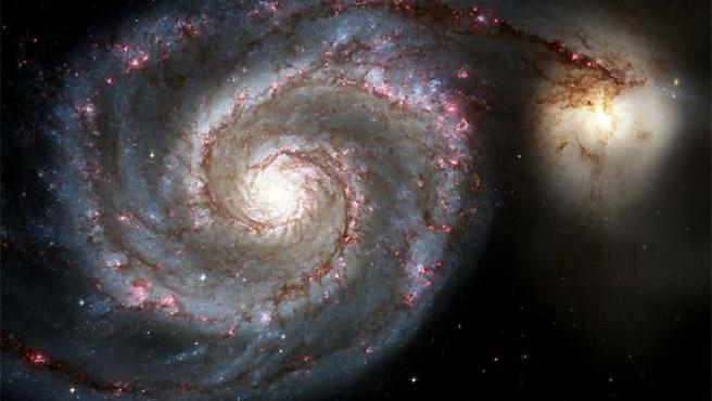 El telescopio Hubble ha ofrecido nuevas imágenes de la galaxia Whirlpool, fotografías de altísima calidad que permiten ser aumentadas hasta alcanzar unos niveles de detalle desconocidos en este tipo de fotografías.