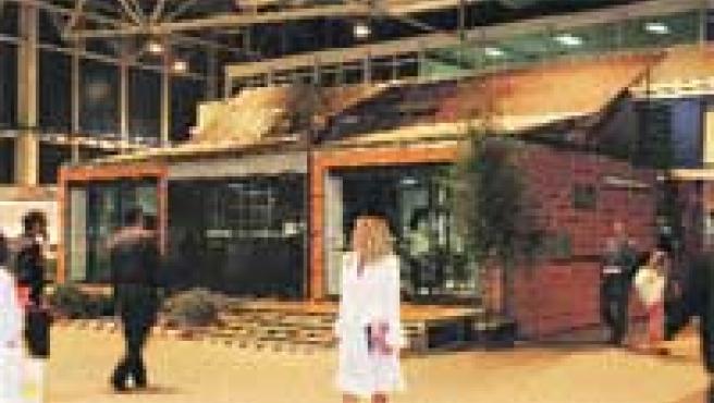 Imagen general de la casa solar en la feria.