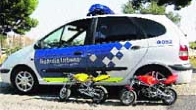 Dos de las minimotos inmovilizadas por la Guàrdia Urbana durante el último semestre.