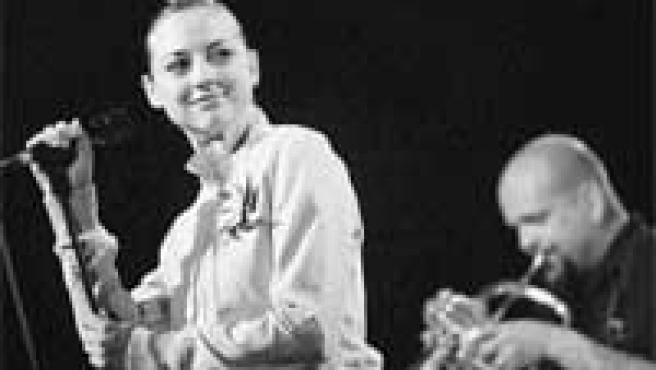 Leonor Watling es la voz (y la cara) de Marlango, que estrena en Alhama su nuevo disco.