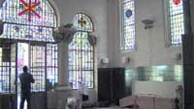 Las obras en la antigua capilla la están transformando en una gran sala de juegos para los pequeños.