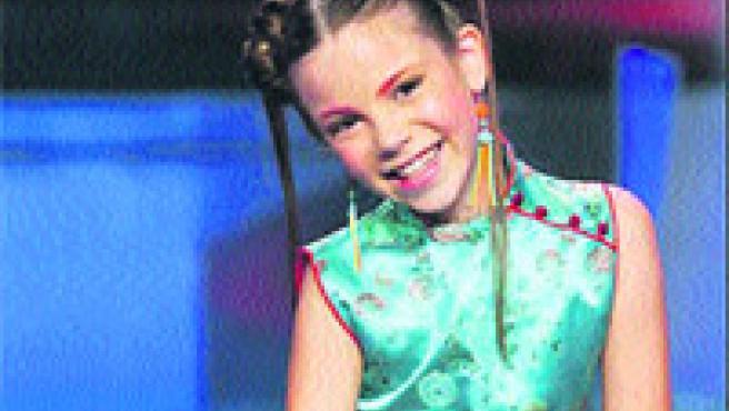 María Isabel se atreve con el ritmo reggaeton.