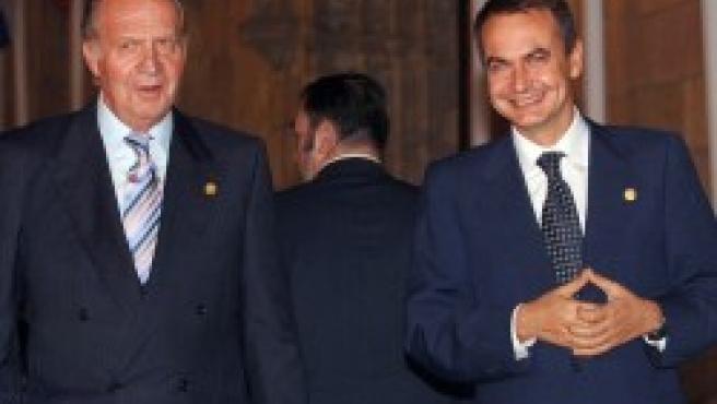 El Rey y Zapatero, en la Cumbre Iberoamericana