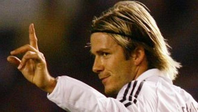 David Beckham se lamenta tras una decisión arbitral (Foto: Reuters)