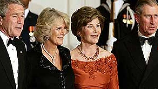 George W. Bush, Camilla, Laura Bush y Carlos de Inglaterra.