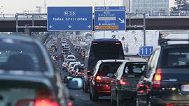 Atascos en la entrada a Madrid, por la mañana (Jorge París).
