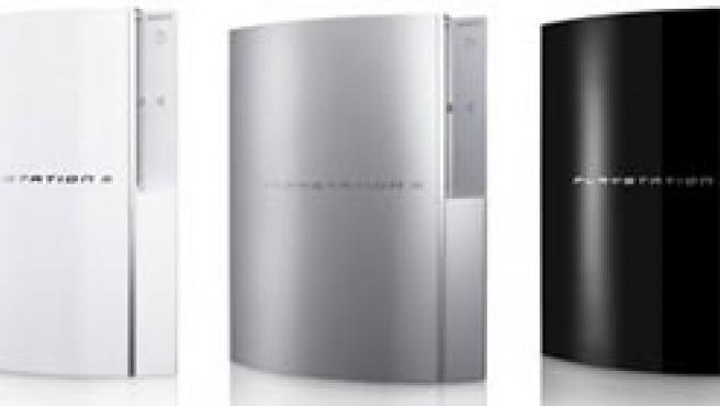 Tres versiones de la PlayStation 3.