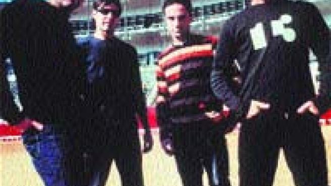 Los Cucas comenzaron su carrera musical en 1992.