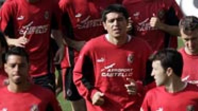 Los jugadores del Villarreal, durante el entrenamiento previo al choque contra el Arsenal (EFE).