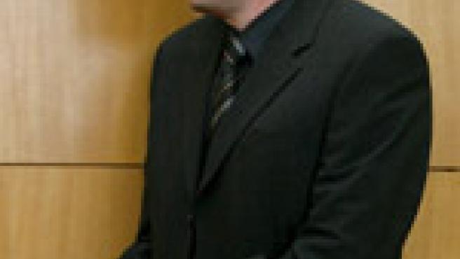 """El""""Caníbal de Roteburgo""""en la sala del tribunal regional de Fráncfort. (Efe)"""
