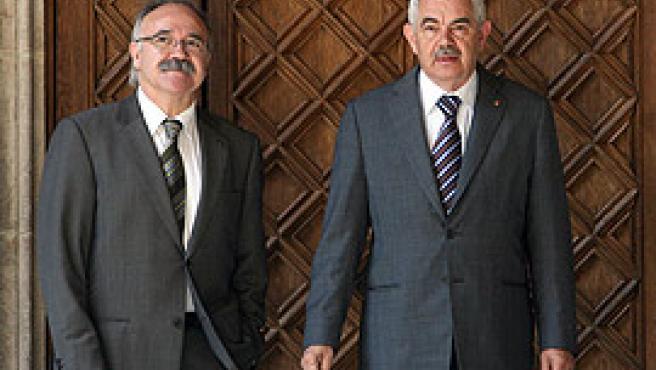 Josep-Lluis Carod Rovira y Pasqual Maragall antes de la reunión donde el president le comunicó la ruptura con ERC. (Alberto Estevez/Efe)