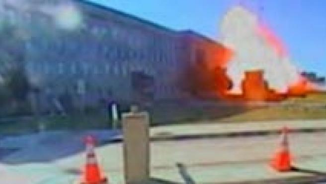 Impacto de un avión contra el Pentágono, el 11-S