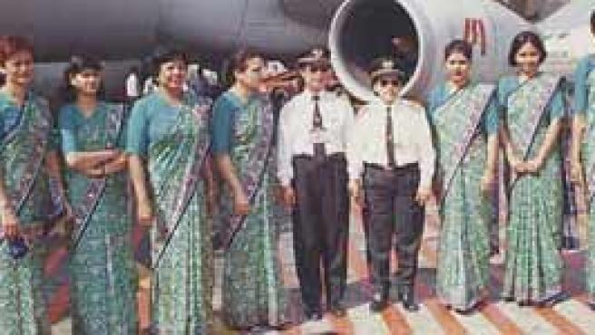 Azafatas de la compañía india. (Foto: Indian Airlines)