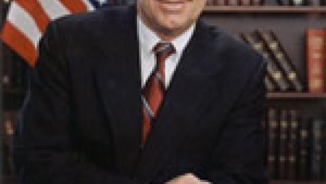El senador Allard, promotor de la medida.